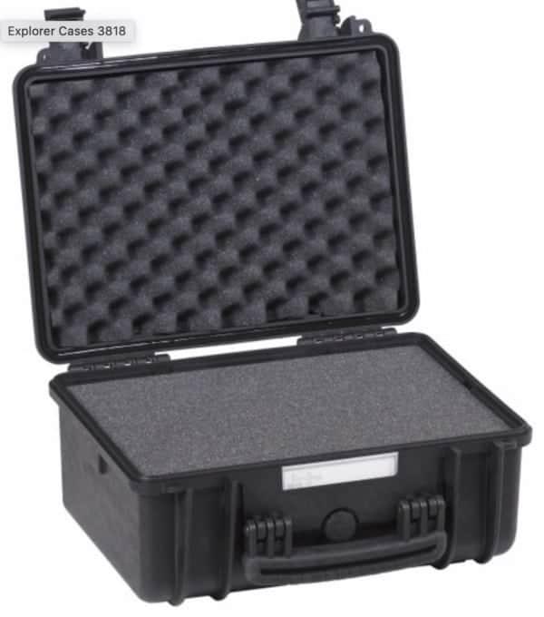 3818 Explorer Case schwarz Schaumstoff